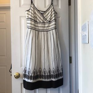 Ann Taylor Brown White sundress Size 10